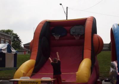 Inflatable Basketball Challange Game