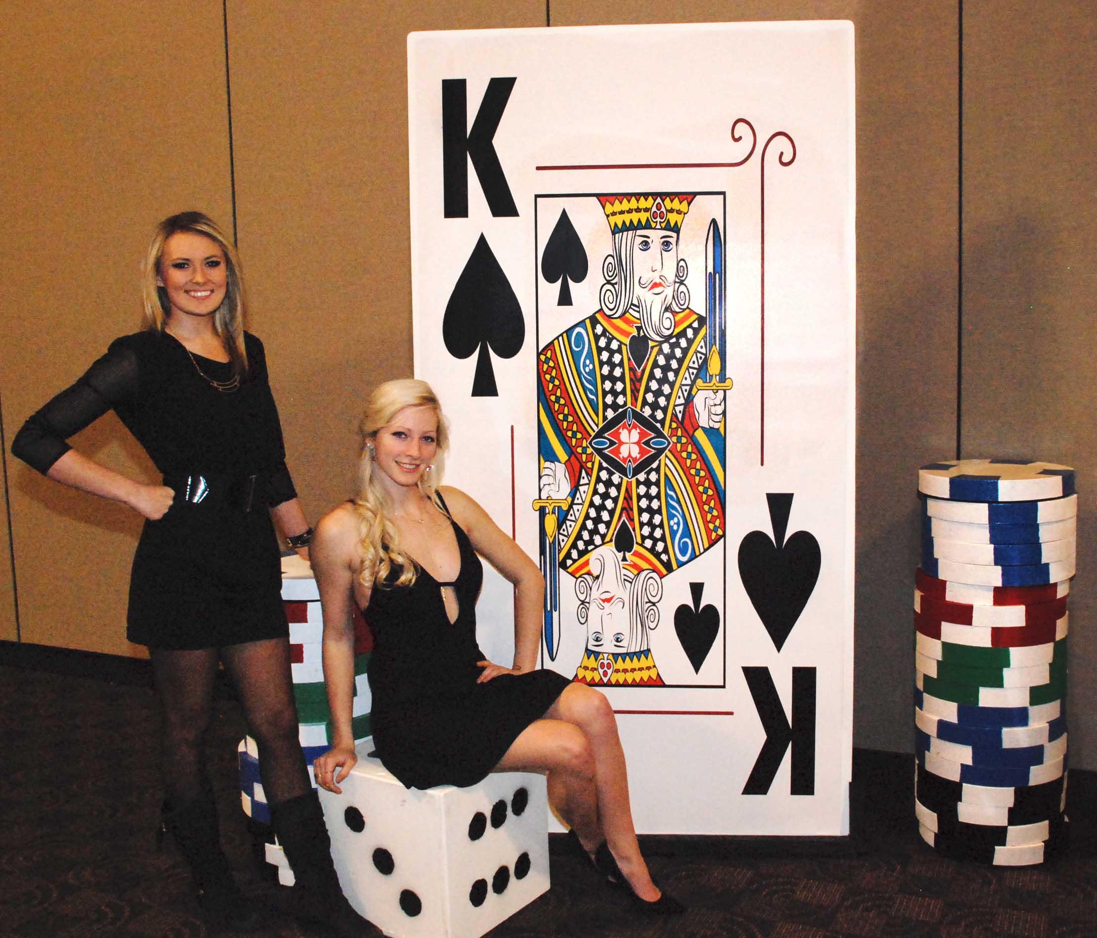 Giant Cards & Chips_Ali & Emma 01