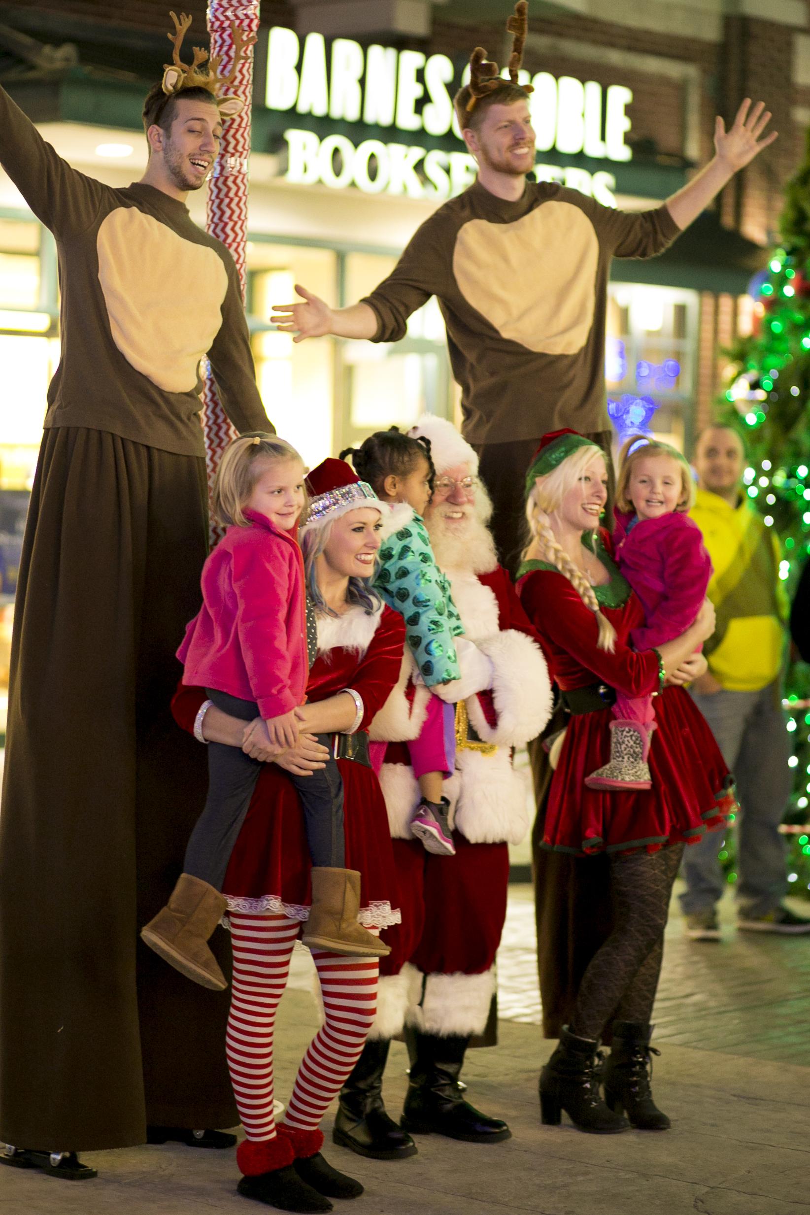 Santa. Elf, & Reindeer Entertainers 01